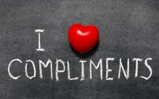 Как сказать комплимент девушке о ее красоте — советы и готовые примеры в стихах, смс, прозе