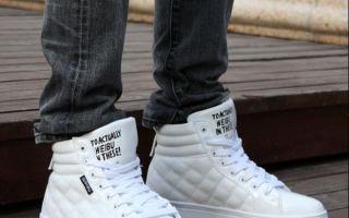 С чем носить белые кроссовки — модные советы для мужчин и женщин