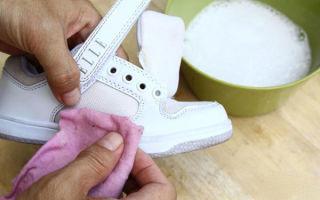 Как почистить белые кроссовки — кожаные, тканевые, сетчатые