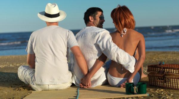 8 основных признаков, того, что жена изменяет мужу0