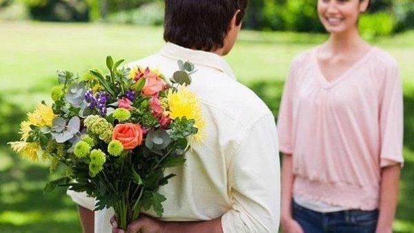 Цветочный этикет — какие цветы подарить девушке в зависимости от ситуации?5