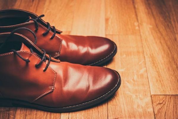 Как растянуть кожаную обувь быстро и безопасно — в длину, в ширину, на размер0