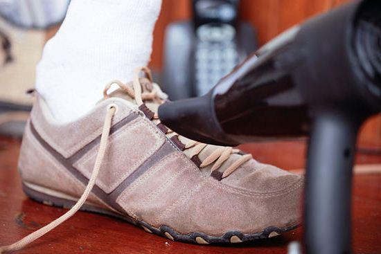Как растянуть кожаную обувь быстро и безопасно — в длину, в ширину, на размер4