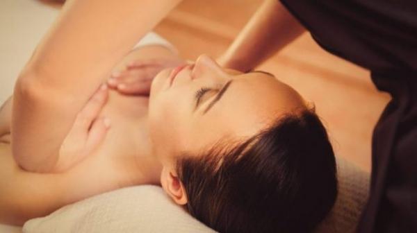 Как делать эротический массаж девушке — подробная инструкция4