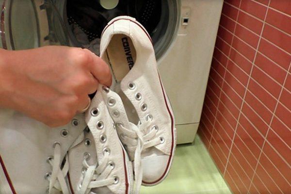 Как почистить белые кроссовки — кожаные, тканевые, сетчатые1