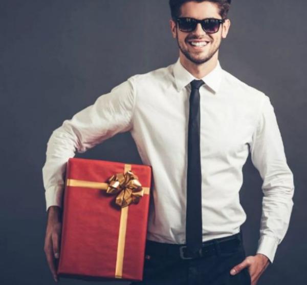Что подарить мужчине на день рождения — интересные идеи12